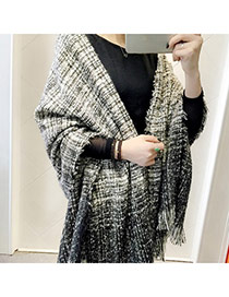 Fashion Black Gradient Ramp Pattern Tassel Design  Woolen Yarn knitting Wool Scaves