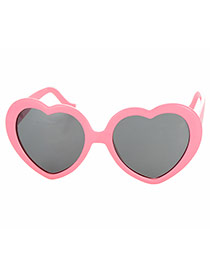 Cute Pink Heart Shape Frame Decorated Simple Design Plastic Women Sunglasses