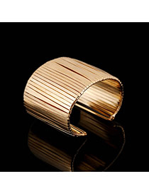 Trending Gold Color Metal Strip Decorated Opening Design Alloy Fashion Bangles