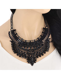 Vintage Black Hollow Out Geometric Shape Decorated Collar Design