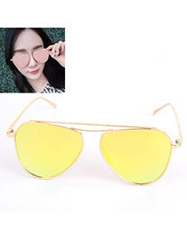 Fashion Local tyrants gold Oval Shape Decorated Thin Leg Design Alloy Women Sunglasses