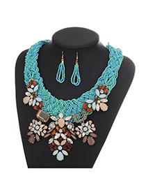 Fashion Light Blue Diamond Flower Decorated Hand-woven Collar Design