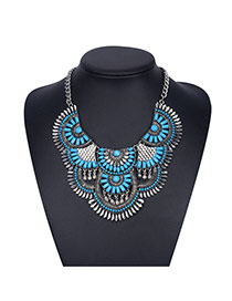 Bohemia Blue Fan Shape Decorated Short Chain Design