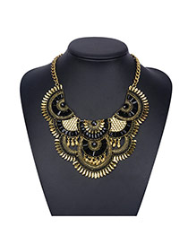 Bohemia Gold Color Fan Shape Decorated Short Chain Design