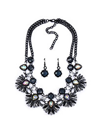 Exaggerated Black Fan Shape Flower Pendant Decorated Double Layer Design
