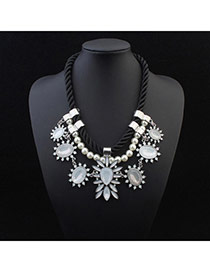 Exquisite Beige Gemstone Decorated Flower Simple Design Alloy Bib Necklaces