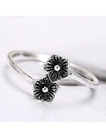 Retro Silver Color Double Flower Decorated Opening Ring