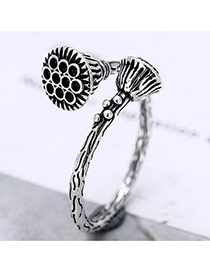 Vintage Anti-silver Double Flower Shape Decorated Simple Opening Ring
