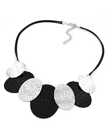 Fashion Black+white Round Shape Pendant Decorated Simple Design Necklace