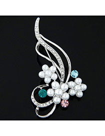 Elegant Silver Color Round Shape Diamond Decorated Flower Design Simple Brooch