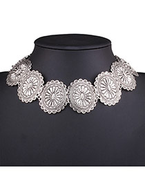 Vintage Silver Color Round Flower Shape Decorated Collar Necklace