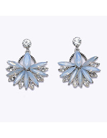 Exquisite White Gemstone Decorated Flower Shape Earring