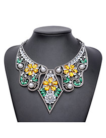 Elegant Green Flower Shape Decorated Hollow Out Collar Necklace