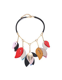 Fashion Multi-color Leaf Shape Pendant Decorated Simple Collarbone Necklace