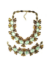 Personality Green Metal Butterfly Decorated Short Chain Jewelry Sets
