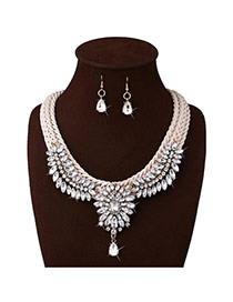 Fashion White Oval Diamond Pendant Decorated Hand-woven Jewelry Sets