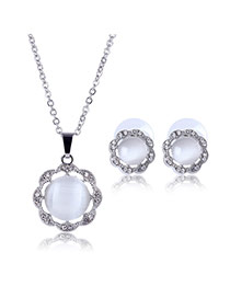 Delicate Silver Color Round Shape Gemstone Pendant Decorated Long Chain Jewelry Sets