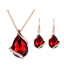 Delicate Red Diamond Decorated Oval Shape Pendant Decorated Jewelry Sets