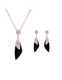 Fashion Black Triangle Shape Pendant Decorated Long Chain Jewelry Sets