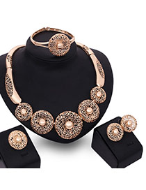 Retro Gold Color Hollow Out Round Shape Pendant Decorated Simple Jewelry Sets