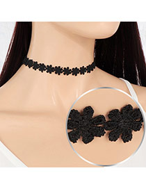 Vintage Black Pure Color Decorated Hollw Out Flower Choker