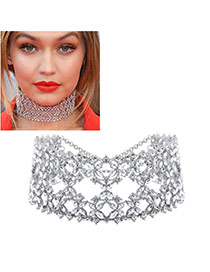 Fashion Silver Color Oval Diamond Decorated Hollow Out Design Choker