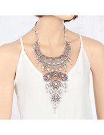 Elegant Silver Color Multilayer Pendant Decorated Short Chain Necklace