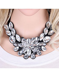 Fashion White Water Drop Shape Diamond Decorated Flower Shape Short Chian Necklace