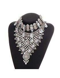 Luxury Silver Color Waterdrop Decorated Triangle Shape Simple Necklace