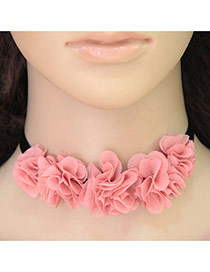 Vintage Pink Flower Decorated Short Chain Simple Choker