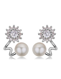 Fashion Silver Color Diamond&pearls Decorated Flower Shape Earrings