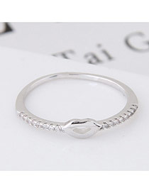 Elegant Silver Color Diamond Decorated Lip Shape Design Simple Ring