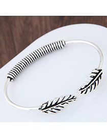Fashion Silver Color Leaf Decorated Pure Color Opening Bracelet
