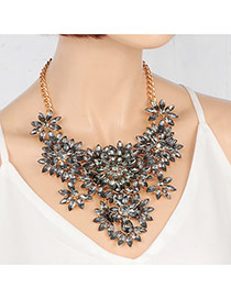 Fashion Gray Oval Shape Diamond Decorated Flower Shape Necklace