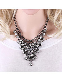 Fashion Gun Black Round Shape Diamond Decorated V Shape Design Hollow Out Necklace