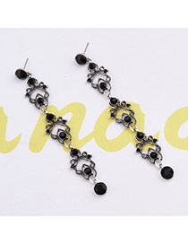 Elegant Black Round Shape Diamond Decorated Long Chain Earrings