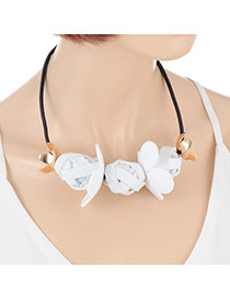 Exaggerate White Irregularity Pendant Decorated Simple Short Chain Necklace