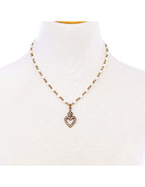 Retro Gold Color Heart Shape Pendant Decorated Simple Necklace