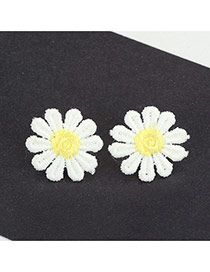 Cute Yellow Earrings In Shape Of Beutiful Flor Daisy