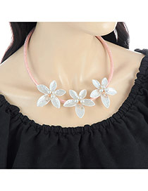Fashion Milk White Three Flowers Decorated Color Matching Simple Necklace