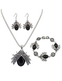 Vintage Black Insect Shape Pendant Decorated Simple Jewelry Sets