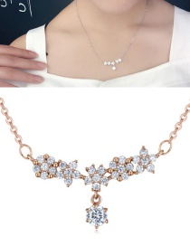Fashion Rose Gold Flower Shape Pendant Decorated Necklace