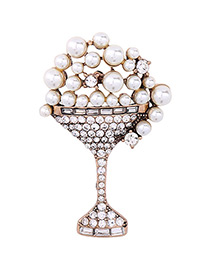 Trendy Gold Color Diamond&pearl Decorated Bottle Shape Simple Brooch