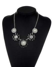 Fashion Black Flower Shape Decorated Simple Short Chain Necklace