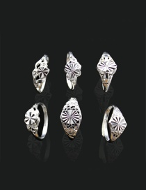 Fashion Silver Color Flower Decorated Pure Color Simple Rings (randomly)