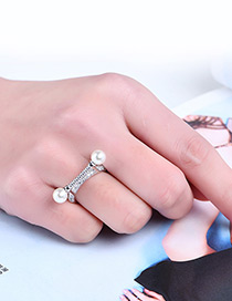 Fashion Silver Color Pearl&diamond Decorated Pure Color Ring