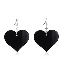 Fashion Black Heart Pendant Decorated Earrings