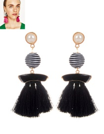 Fashion Black Pearls&tassel Decorated Simple Earrings
