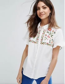 Fashion White Embroidery Flower Decorated Short Sleeves Shirt